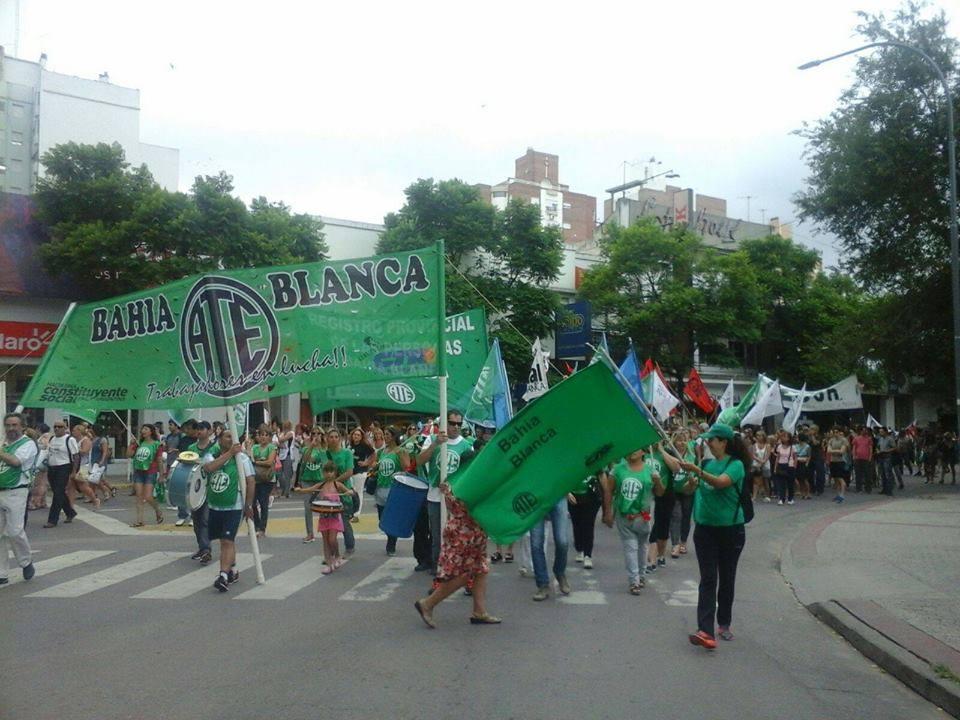 Paro-Movilizacion-24defebrero-contra-Macri-028bahiablanca