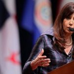 Cristina Kirchner estudia recurrir a tribunales internacionales