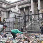Las fotos de la creciente pobreza que los grandes medios ocultaron