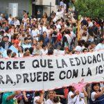 No es solo contra los docentes, es contra la educación. La opinión de Adriana Puiggros