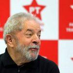 Lula anunció su candidatura presidencial para 2018, mientras avanza su posible proscripción
