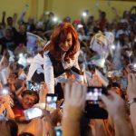 """CFK: """"Algunos tenían la fantasía de que el Peronismo se iba a acabar y acá estamos todos de pie!"""""""