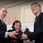 """Macri fue distinguido con """"Medalla de Oro"""" por banqueros usureros en EEUU en una institución fundada por David Rockefeller, el Council of the Americas"""