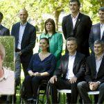 Escándalo: Gran parte de los familiares de Macri y ministros seguirán en el Estado cobrando abultados sueldos. Informe de Gustavo Vera – La Alameda