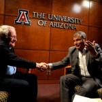 """(VIDEO) Chomsky a Correa: """"Los tiempos cuando EEUU podía derrocar gobiernos cuando quisiera ya pasaron"""""""